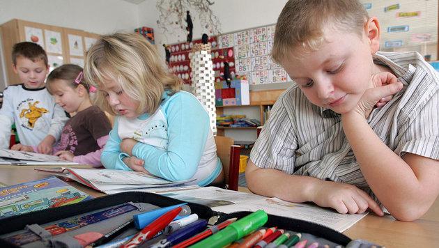 Große Diskussion um kleinere Schulklassen (Bild: APA/Roland Schlager (Symbolbild))
