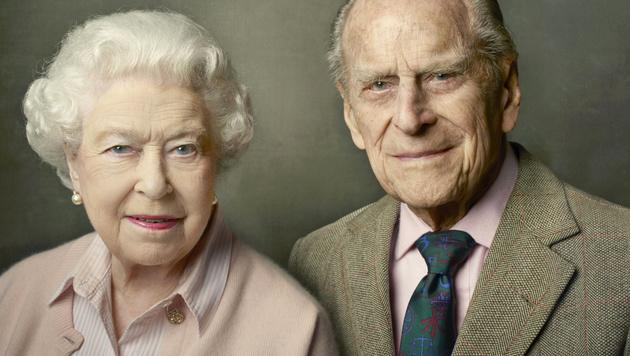 Annie Leibovitz fotografierte die Queen und Prinz Philip zu dessen 95. Geburtstag. (Bild: AP)
