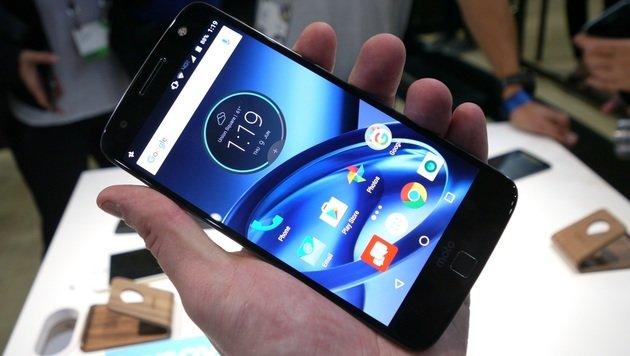 Moto Z: Bruchfeste und modulare Android-Flunder (Bild: Dominik Erlinger)