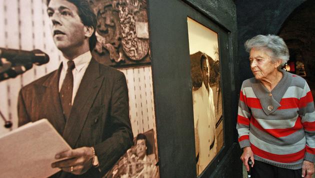 Dorothea Haider im Oktober 2009 bei der Eröffnung einer Ausstellung über ihren berühmten Sohn (Bild: APA/Gert Eggenberger)