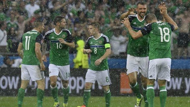 Nordirland feiert: Favorit Ukraine 2:0 bezwungen! (Bild: AFP or Licensors)
