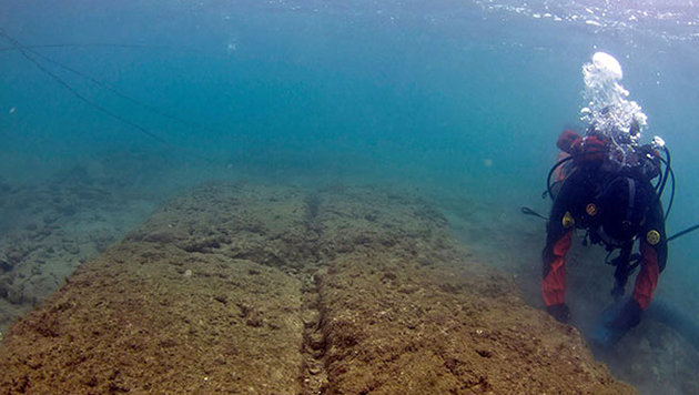 Die Reste einer antiken Schiffshalle Piräus (Bild: Vassilis Tsiaris)