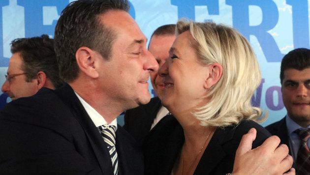 """Strache: """"Wir verhindern den Selbstmord der EU"""" (Bild: AP)"""