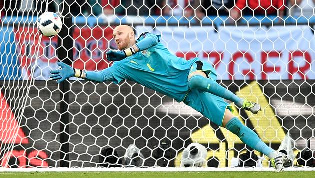 "Goalie-Held Almer: ""Mein Dank gilt den Fans!"" (Bild: AP)"