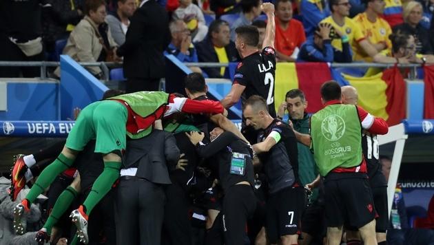Albanien jubelt: EM-Neuling wirft Rumänien raus! (Bild: AP)