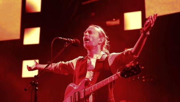 """Sänger Thom Yorke verurteilt die """"gewalttätige Intoleranz"""" gegen Fans seiner Band Radiohead. (Bild: APA/AFP/PATRICK KOVARIK)"""