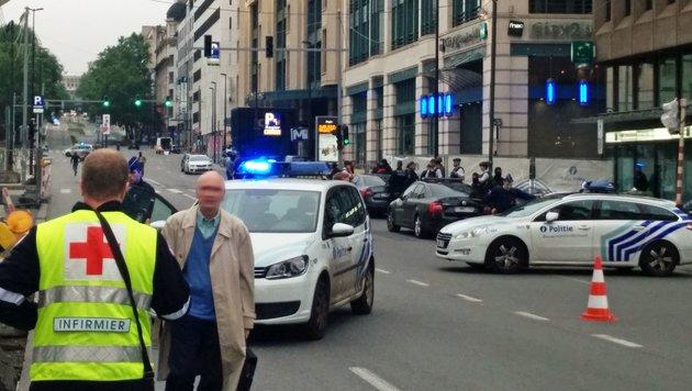 Kein Sprengstoff-Fund nach Bombenalarm in Brüssel (Bild: APA/AFP/Belga/Seppe Knapen)