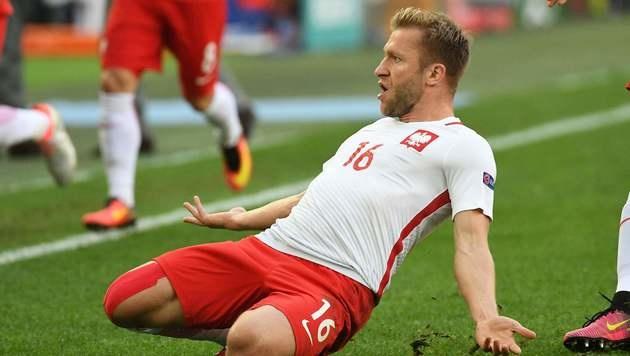 Polen nach 1:0-Sieg gegen Ukraine im Achtelfinale (Bild: APA/AFP/VINCENZO PINTO)