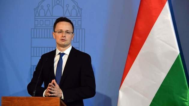 Ungarns Au�enminister Peter Szijjarto (Bild: APA/AFP/ATTILA KISBENEDEK)