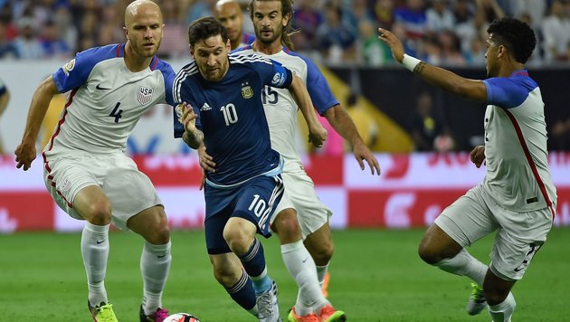 4:0-Erfolg! Messi & Co. lassen USA keine Chance (Bild: APA/AFP/OMAR TORRES)
