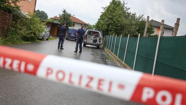 Duarte D. wurde vor seiner Wohnung in Buchkirchen gefasst. (Bild: Matthias Lauber/laumat.at)