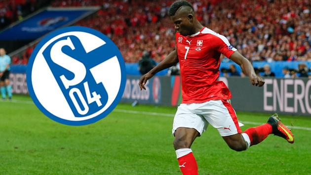 Schweiz-Talent Embolo vor Wechsel zu Schalke (Bild: AP)