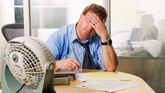 Wie Sie die Hitze im Job leichter ertragen (Bild: thinkstockphotos.de)