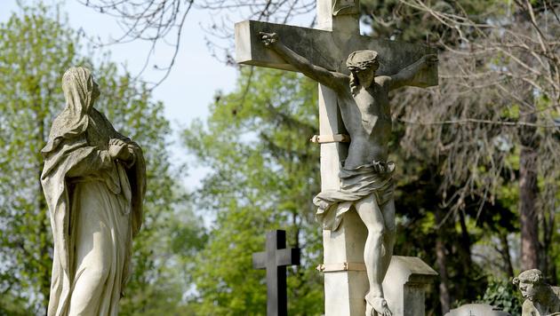 Am Karfreitag starb Jesus am Kreuz. (Bild: APA/ROLAND SCHLAGER)