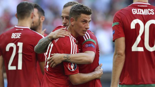 Portugal nach 3:3 gegen Ungarn im Achtelfinale (Bild: AP)