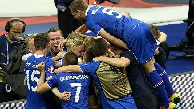 Island-Kommentator bangt um seinen Job (Bild: AFP)