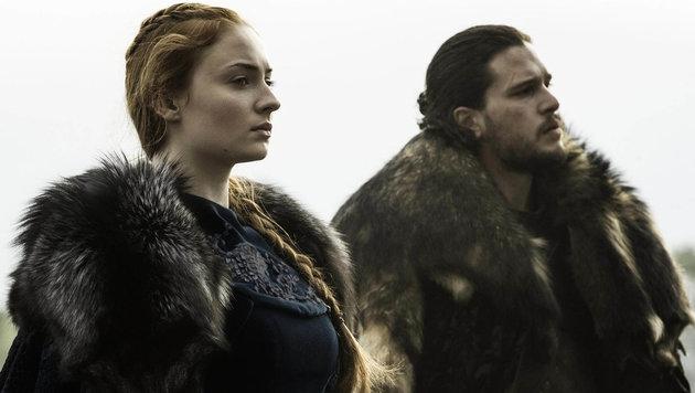 """Sophie Turner (Sansa Stark) & Kit Harington (Jon Schnee) in der Folge """"Die Schlacht der Bastarde"""" (Bild: Viennareport)"""