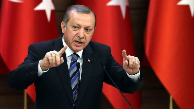 App undicht: So kam Erdogan zu Verhaftungslisten (Bild: APA/AFP/TURKISH PRESIDENTIAL PRESS OFFICE/STR)