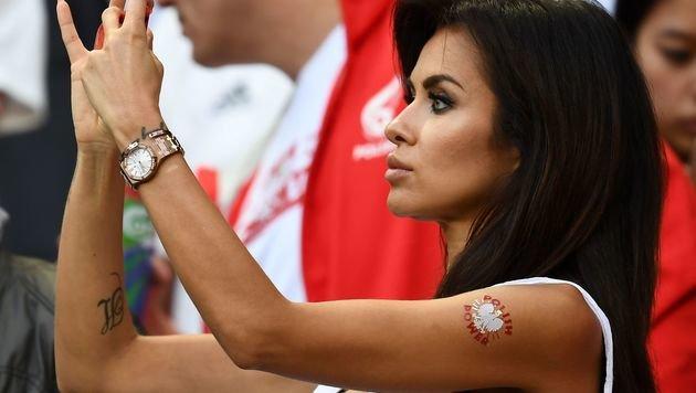Heiße EM! Die schönsten weiblichen Fans (Bild: APA/AFP/FRANCK FIFE)