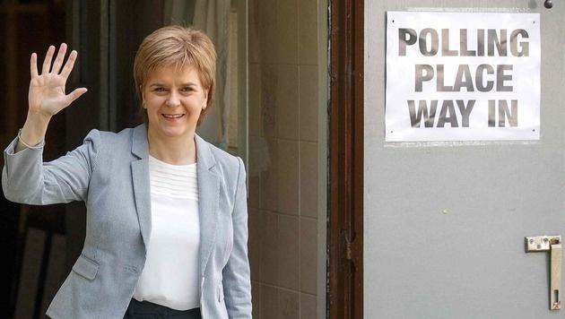 Schottlands Regierungschefin Nicola Sturgeon (Bild: APA/AFP/ROBERT PERRY)