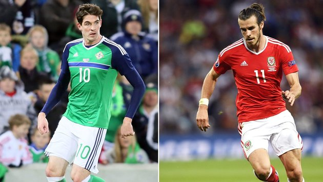 Nordirland-Stürmer Kyle Lafferty (links) und Wales-Superstar Gareth Bale (Bild: APA/AFP/MARTIN BUREAU/PAUL FAITH)