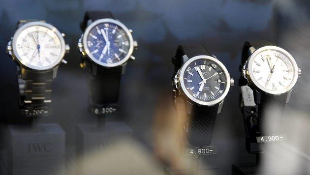"""Nur die teuersten Uhren, wie etwa die von IWC, sind für die """"Läufer"""" interessant. (Bild: API/Viviane Simon)"""