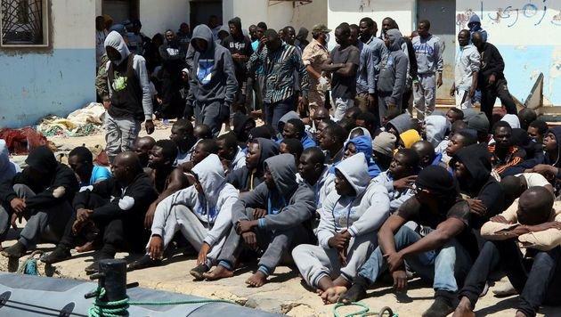 Flüchtlinge wollen über Libyen nach Europa. (Bild: AFP)