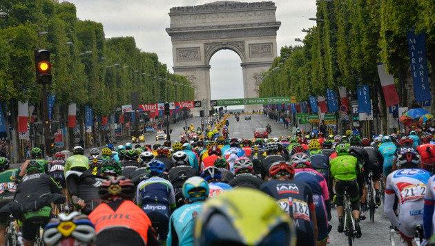 Tour de France: Aktion scharf gegen Elektro-Doping (Bild: ASO/B.Bade-G.Demouveaux-P.Perreve-X.Bourgois)
