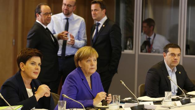 Beim EU-Gipfel der Staatschefs ist Briten-Premier David Cameron nicht dabei. (Bild: AP)