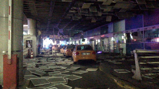 47 Tote bei Anschlag auf Istanbuler Flughafen (Bild: Associated Press)