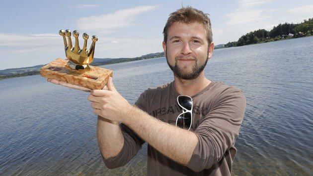 """Lebensretter Manuel Haim hat sich die """"Goldene Krone"""" mehr als verdient. (Bild: MARKUS TSCHEPP)"""