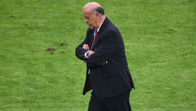 Spaniens Teamchef Del Bosque nimmt den Hut (Bild: APA/AFP/YASUYOSHI CHIBA)