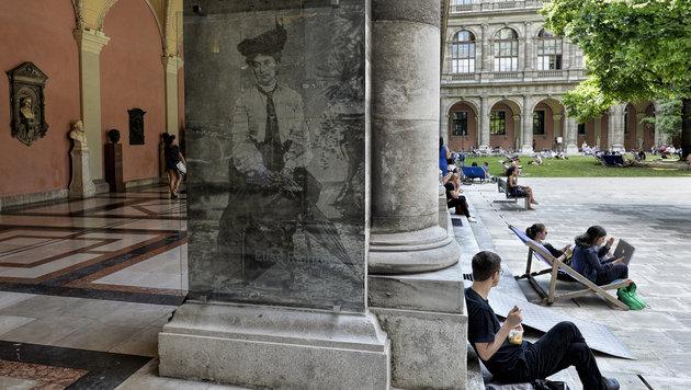 Die Sprachwissenschaftlerin Elise Richter habilitierte als erste Frau an der Uni Wien. (Bild: APA/HERBERT NEUBAUER)