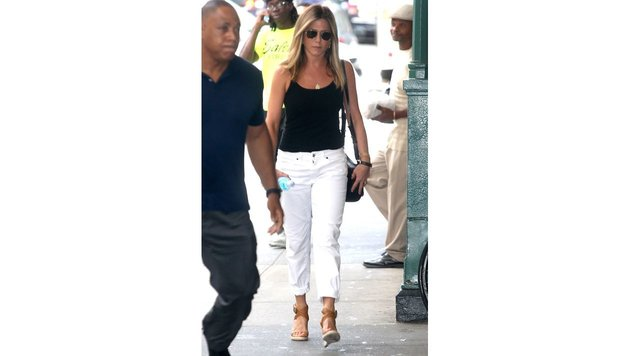 Jennifer Aniston Ende Juni in New York (Bild: Viennareport)