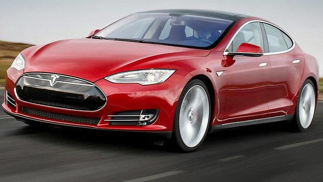 Hat Tesla Todes-Crash für Profit verschwiegen? (Bild: Tesla)