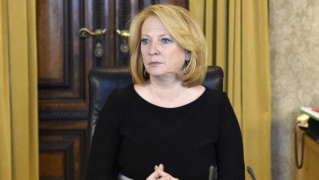 Nationalratspräsidentin Bures (Bild: APA/HELMUT FOHRINGER)