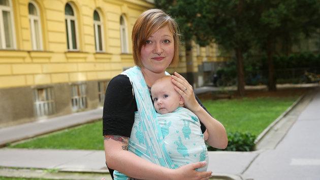 Die 30-jährige Krankenschwester Ricarda K., selbst Mutter, rettete dem Baby das Leben. (Bild: Peter Tomschi)