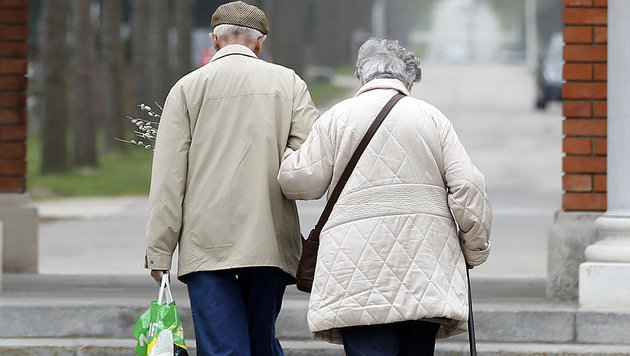 WHO-Studie: Angst vorm Altern kann Leben verkürzen (Bild: APA/Georg Hochmuth (Symbolbild))