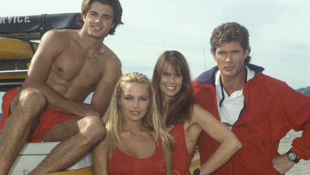 Pamela Anderson mit David Hasselhoff, David Chavert und Alexandra Paul (Bild: Viennareport)