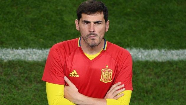 Casillas und Del Bosque haben sich versöhnt (Bild: APA/AFP/MEHDI FEDOUACH)