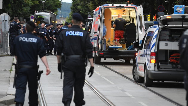 Polizei fasst Komplizen des getöteten Räubers (Bild: APA/HERBERT P.OCZERET)