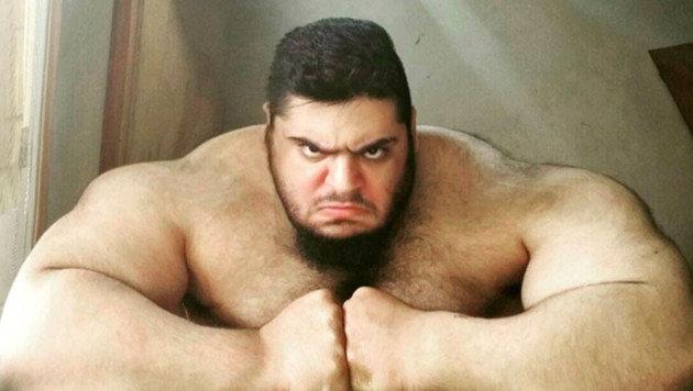 Posen wie diese von Sajad Gharibi lieben seine Fans. (Bild: instagram.com/sajadgharibii)