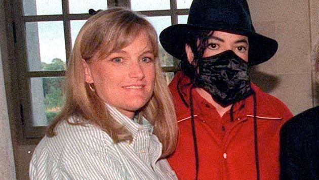 Michael Jackson mit Debbie Rowe (Bild: Viennareport)