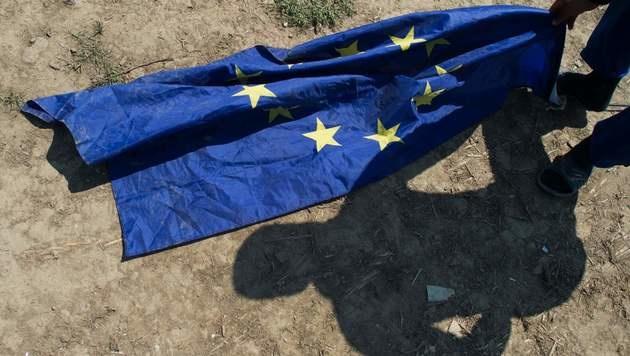 EU kürzt Mazedoniens Beitrittshilfe um 27 Mio. € (Bild: APA/AFP/TOBIAS SCHWARZ)