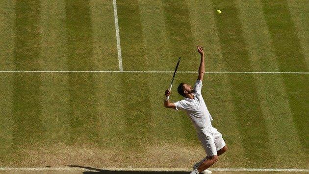 Mega-Krimi! Federer rackert sich ins Semifinale (Bild: AFP or licensors)
