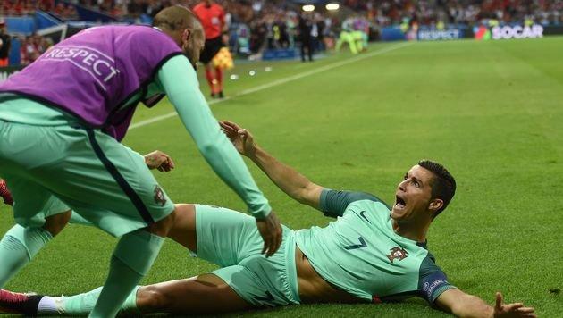 Ronaldo trifft! Portugal mit einem Sieg im Finale (Bild: APA/AFP/PAUL ELLIS)