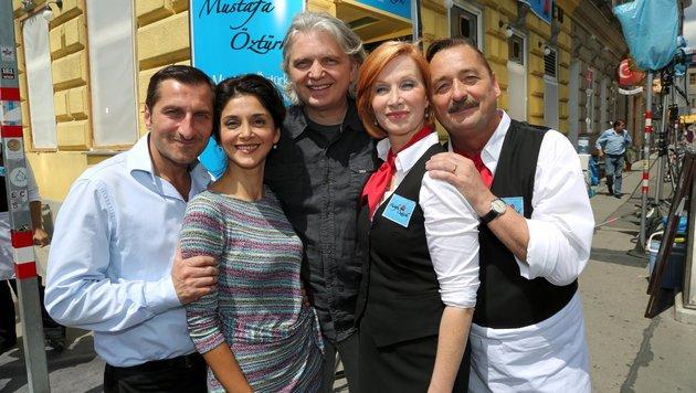 Am Yppenplatz: Tim Seyfi, Sascha Ö. Soydan, Wolfgang Murnberger, Fanny Stavanik &Andreas Vitawsek (Bild: TOPPRESS Austria)