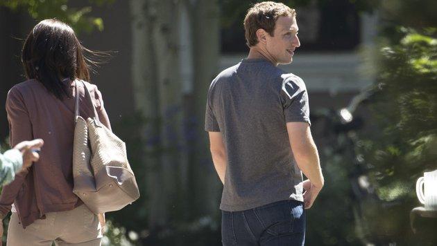 Sheryl Sandberg und Mark Zuckerberg (Bild: AFP)