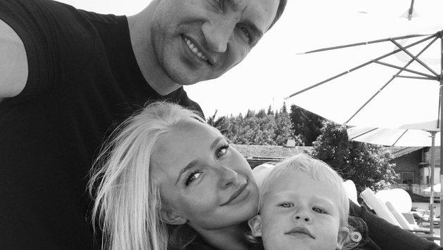Hayden Panettiere mit Wladimir Klitschko und Tochter Kaya (Bild: Twitter.com/Hayden Panettiere)
