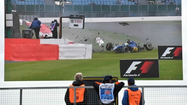 Crash in Mauer! Ericsson sorgt für Schrecksekunde (Bild: APA/AFP/ANDREJ ISAKOVIC)